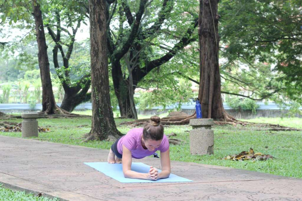 plank exercise for a fit summer body