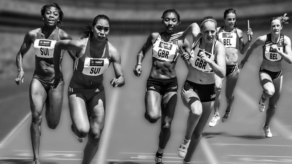 Top 10 Most Common Sports Injuries-MCL-ACL tears-women relay runners