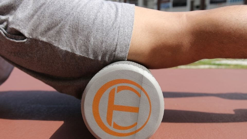 Myofascial release tools in action-foam rolling quads